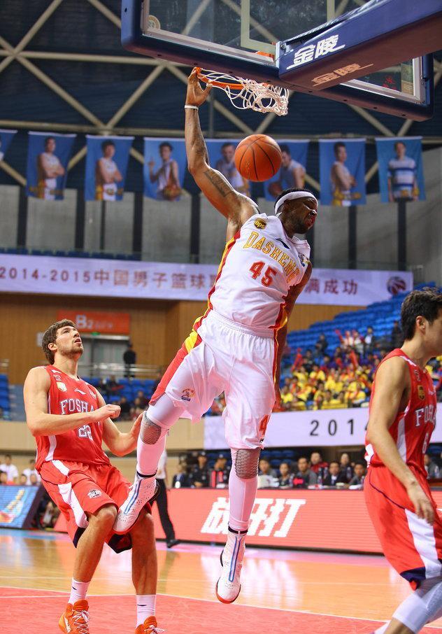 2014-2015赛季CBA联赛第3轮:江苏同曦vs佛山龙狮