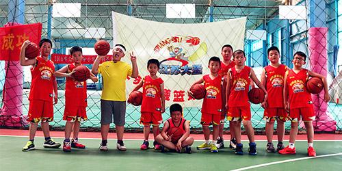 同曦少儿与成人篮球培训